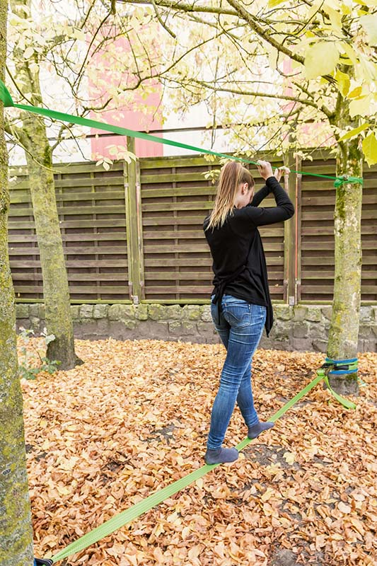 Cinta de equilibrio Slackline con protección para árbol